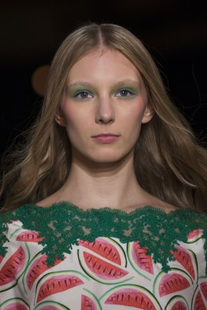Alexis-Mabille-spring-2016-runway-beauty-fashion-show-the-impression-15