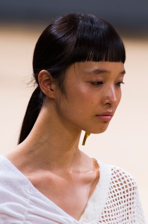 Allude-spring-2016-runway-beauty-fashion-show-the-impression-10