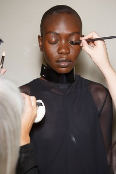 Ann-Demeulemeester-spring-2016-beauty-fashion-show-the-impression-21