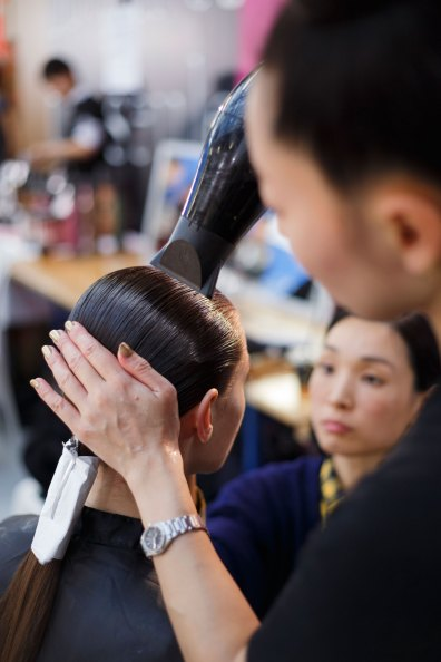 Anrealage-spring-2016-beauty-fashion-show-the-impression-18