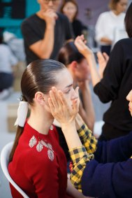 Anrealage-spring-2016-beauty-fashion-show-the-impression-19