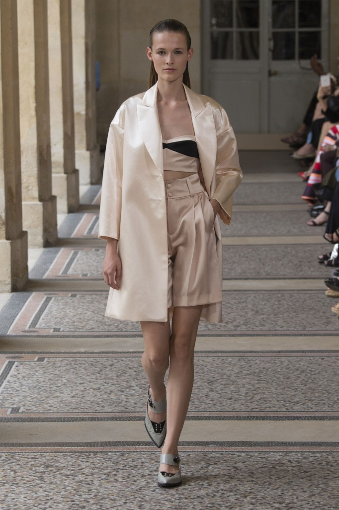 BOUCHRA-JARRAR-fall-2015-couture-show-the-impression-018
