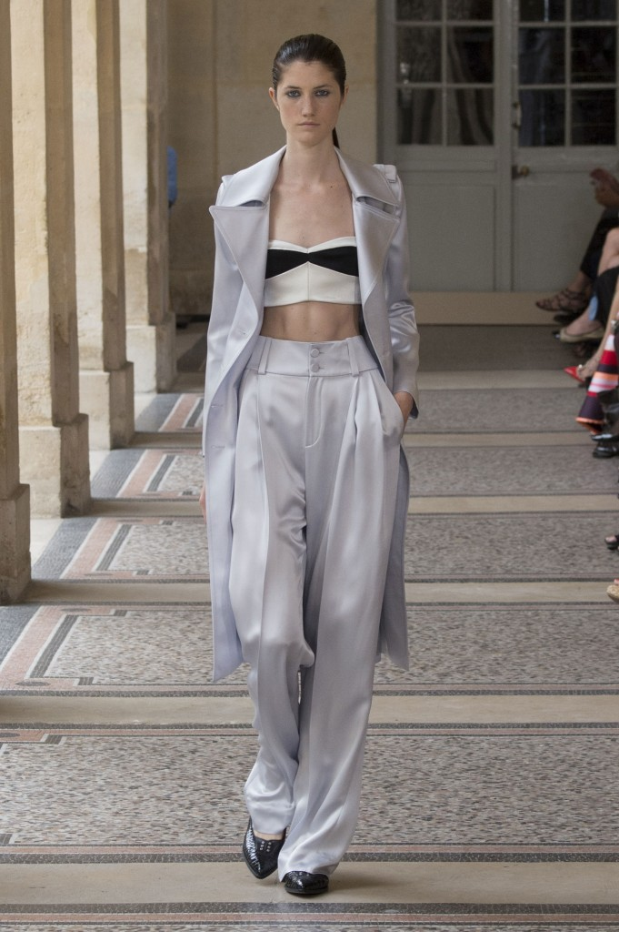 BOUCHRA-JARRAR-fall-2015-couture-show-the-impression-023