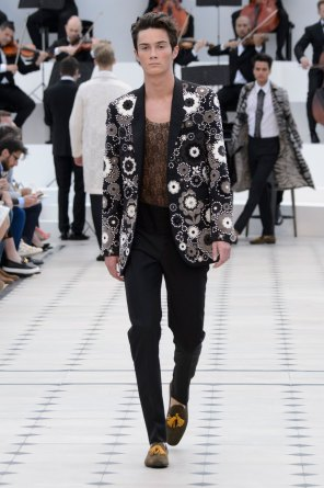 BURBERRY-PRORSUM-spring-2016-mens-show-the-impression-54