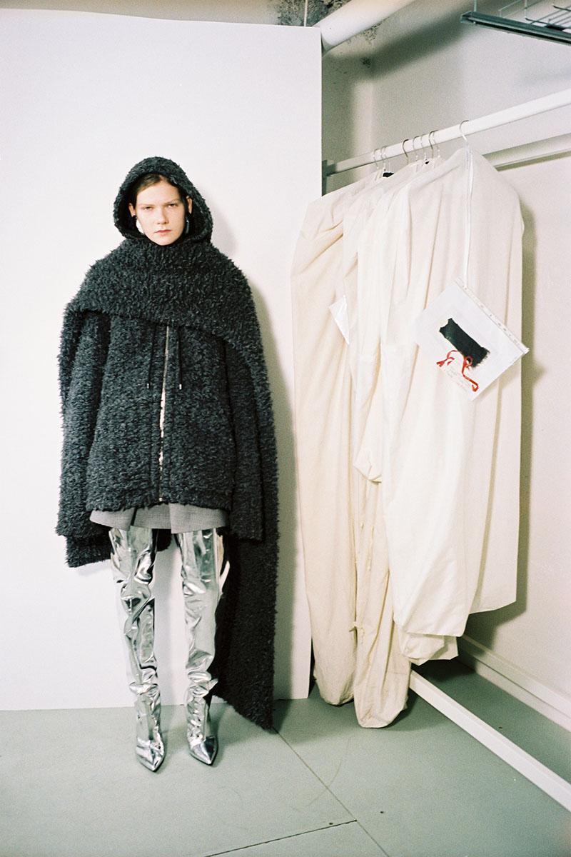 Balenciaga-pre-fall-2016-fashion-show-the-impression-22