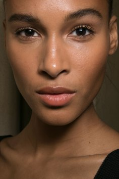 Balmain-spring-2016-beauty-fashion-show-the-impression-04