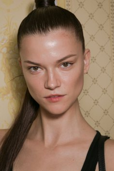 Balmain-spring-2016-beauty-fashion-show-the-impression-56