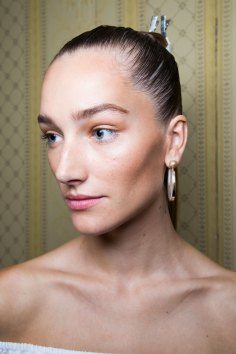 Balmain-spring-2016-beauty-fashion-show-the-impression-72