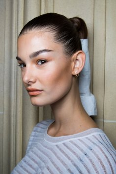 Balmain-spring-2016-beauty-fashion-show-the-impression-92