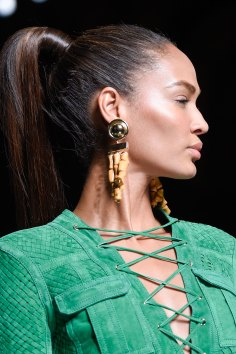 Balmain-spring-2016-runway-beauty-fashion-show-the-impression-16