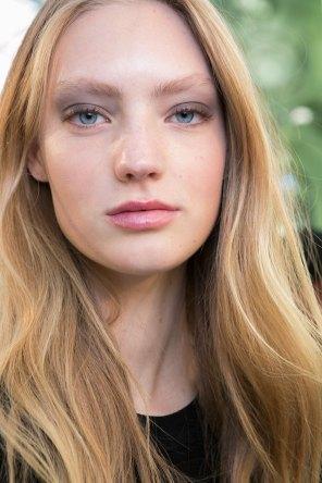 Barbara-Bui-spring-2016-beauty-fashion-show-the-impression-22