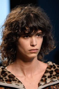 Bottega-Veneta-runway-beauty-spring-2016-close-up-fashion-show-the-impression-001