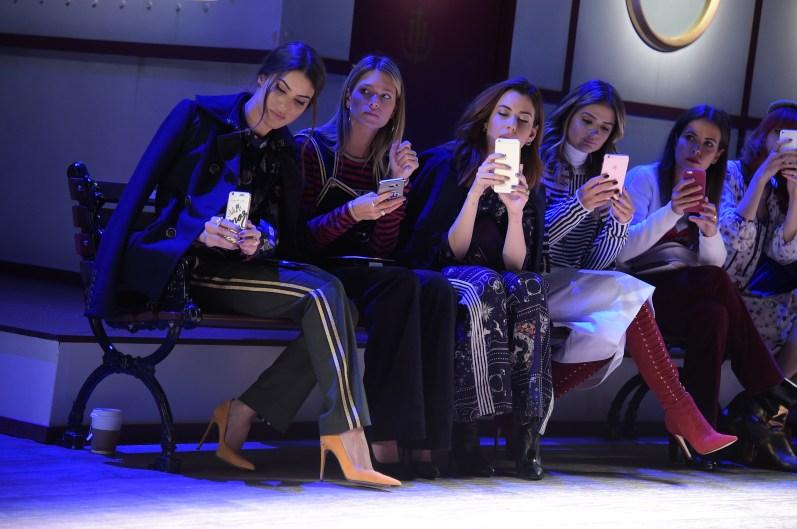Camila Coelho, Helena Bordon, Camila Coutinho, Thassia Naves