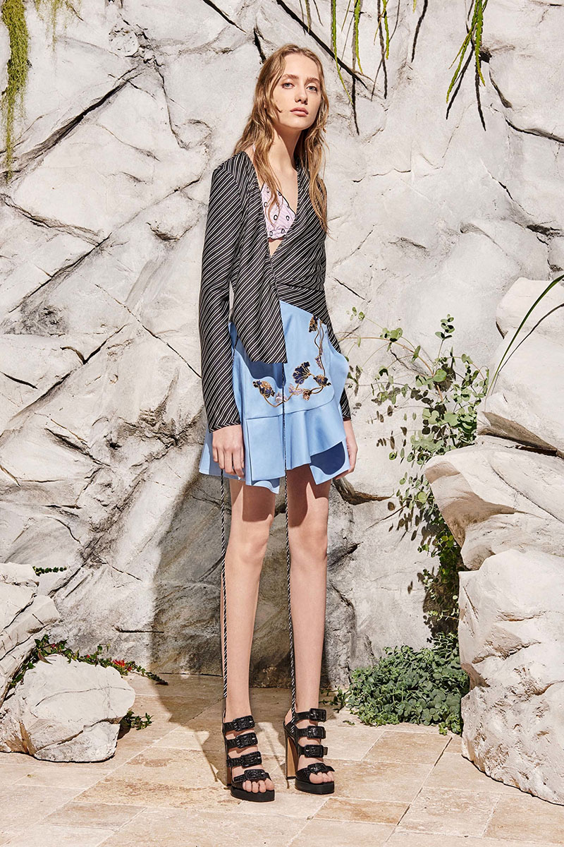 Carven-resort-2017-fashion-show-the-impression-24