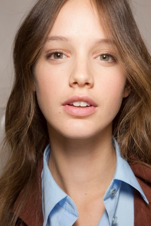 Carven-spring-2016-beauty-fashion-show-the-impression-41