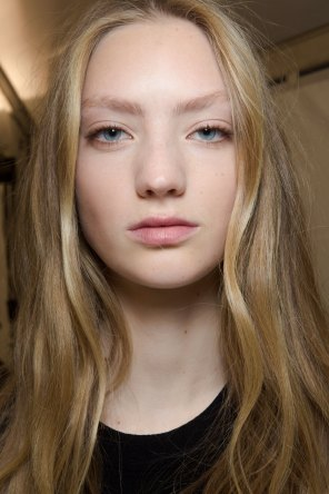 Carven-spring-2016-beauty-fashion-show-the-impression-74
