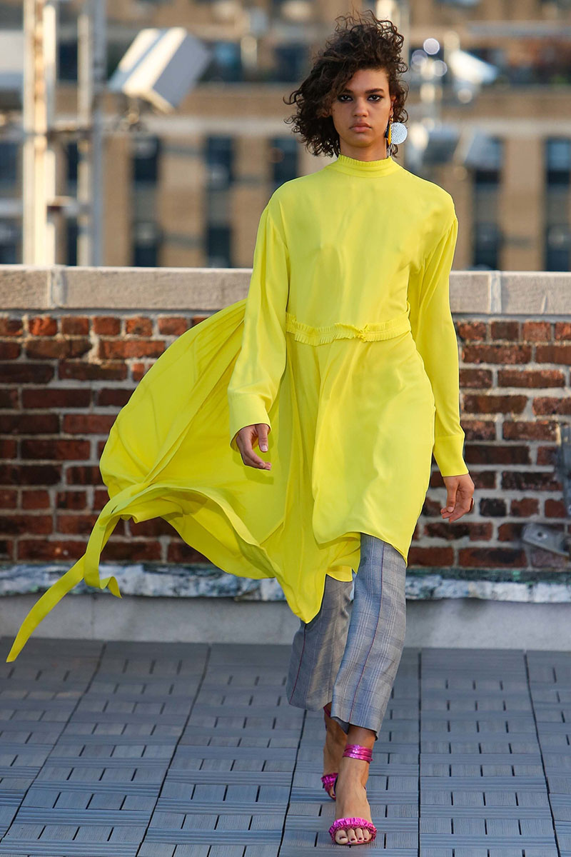 Cedric-Charlier-resort-2017-fashion-show-the-impression-10
