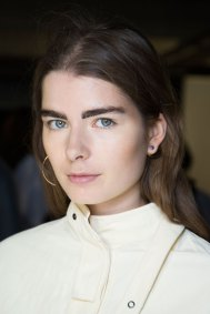 Cedric-Charlier-spring-2016-beauty-fashion-show-the-impression-04