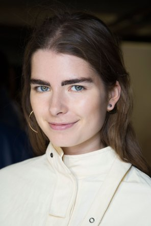 Cedric-Charlier-spring-2016-beauty-fashion-show-the-impression-05