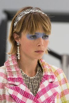 Chanel-spring-2016-runway-beauty-fashion-show-the-impression-19