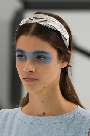 Chanel-spring-2016-runway-beauty-fashion-show-the-impression-45