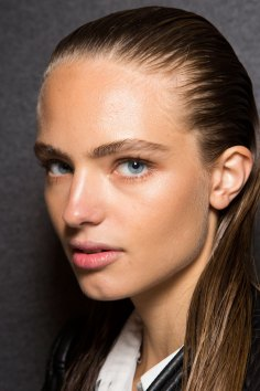 DSquared2-backstage-beauty-spring-2016-fashion-show-the-impression-028