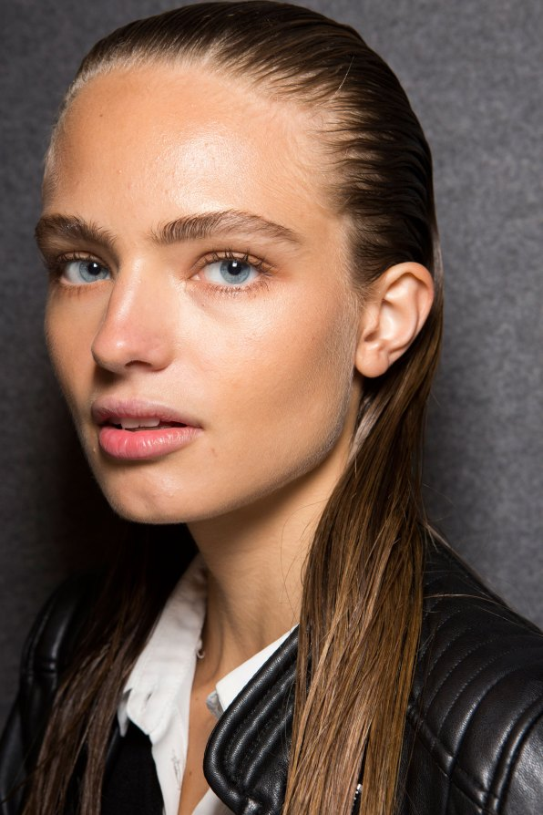 DSquared2-backstage-beauty-spring-2016-fashion-show-the-impression-029