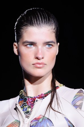 DSquared2-runway-beauty-spring-2016-fashion-show-the-impression-023
