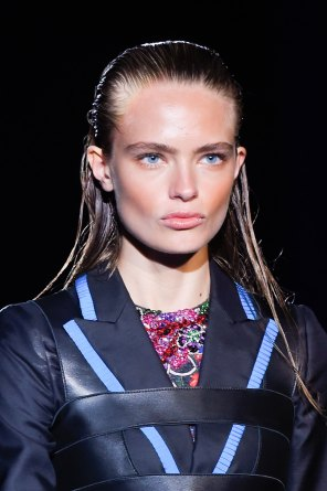 DSquared2-runway-beauty-spring-2016-fashion-show-the-impression-026