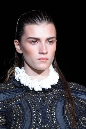 DSquared2-runway-beauty-spring-2016-fashion-show-the-impression-029