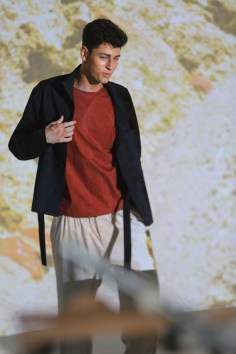 Deveuax-fashion-show-backstage-spring-2017-the-impression-04