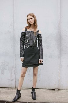 Diesel-Black-Gold-resort-2017-fashion-show-the-impression-02