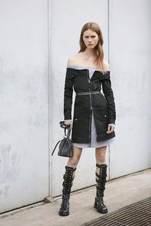 Diesel-Black-Gold-resort-2017-fashion-show-the-impression-07