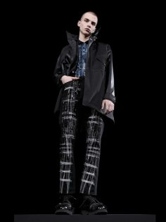 Dior-Homme-pre-fall-2017-fashion-show-the-impression-26