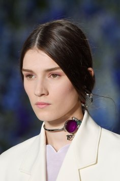 Dior-runway-beauty-spring-2016-fashion-show-the-impression-009