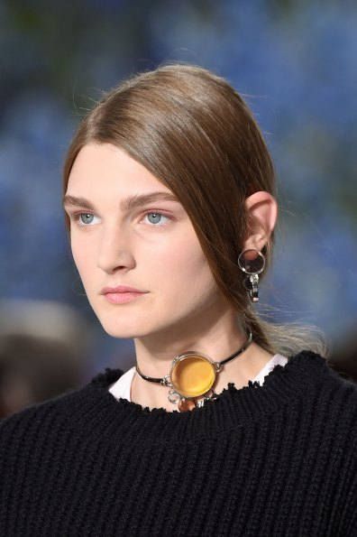 Dior-runway-beauty-spring-2016-fashion-show-the-impression-020