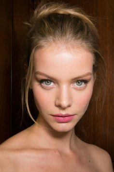 Dolce-and-Gabanna-backstage-beauty-spring-2016-fashion-show-the-impression-036