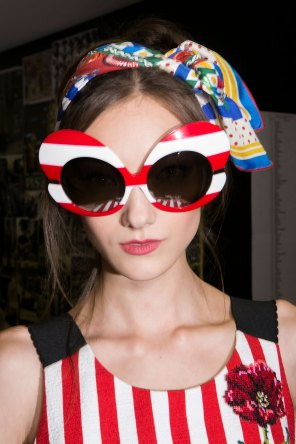 Dolce-and-Gabanna-backstage-beauty-spring-2016-fashion-show-the-impression-054