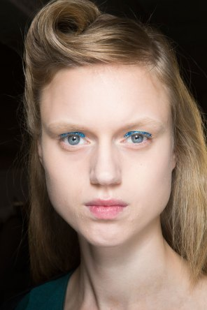 Dries-van-Noten-spring-2016-beauty-fashion-show-the-impression-07