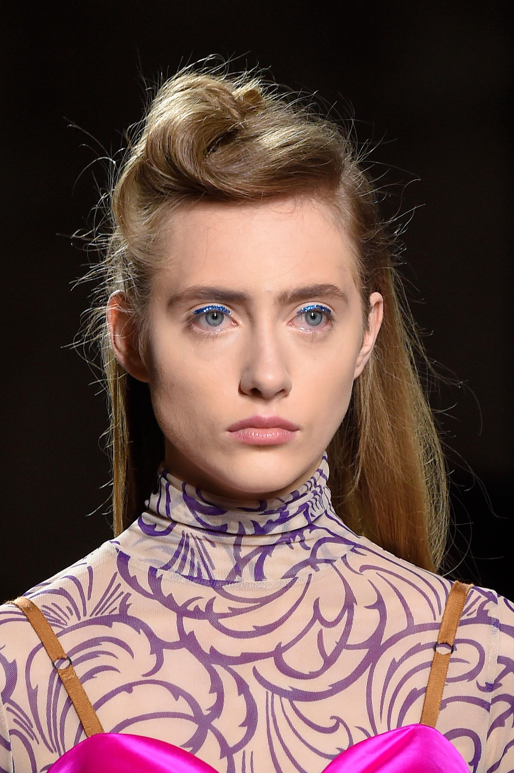 Dries-van-Noten-spring-2016-runway-beauty-fashion-show-the-impression-03