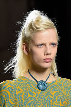 Dries-van-Noten-spring-2016-runway-beauty-fashion-show-the-impression-16