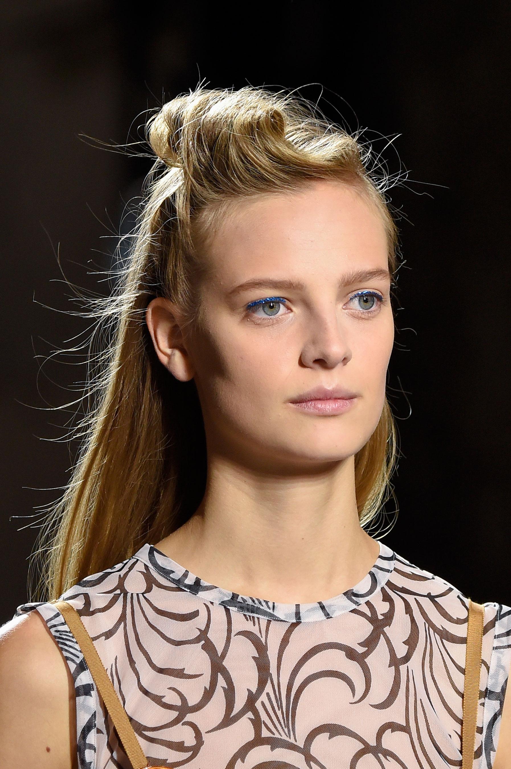Dries-van-Noten-spring-2016-runway-beauty-fashion-show-the-impression-23