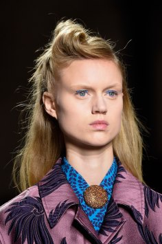Dries-van-Noten-spring-2016-runway-beauty-fashion-show-the-impression-30