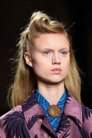 Dries-van-Noten-spring-2016-runway-beauty-fashion-show-the-impression-30