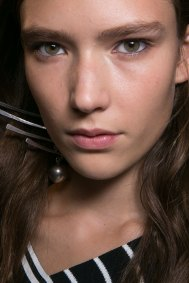 Emilio-Pucci-spring-2016-beauty-fashion-show-the-impression-082