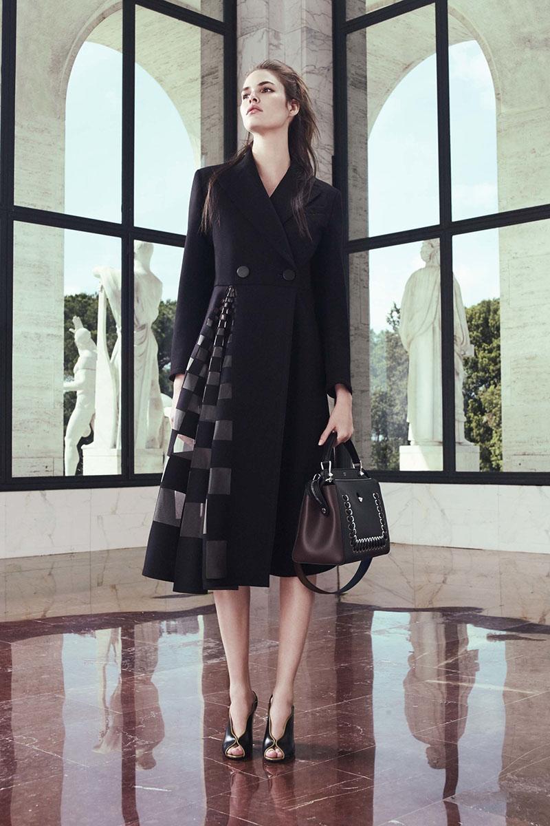 Fendi-resort-2017-fashion-show-the-impression-10