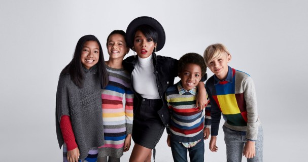 Gap-holiday-2017-ad-campaign-the-impression-03