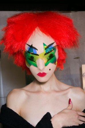 Gareth-Pugh-beauty-spring-2016-fashion-show-the-impression-101