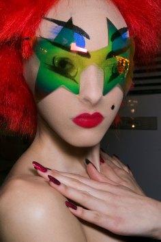 Gareth-Pugh-beauty-spring-2016-fashion-show-the-impression-110
