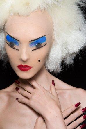 Gareth-Pugh-beauty-spring-2016-fashion-show-the-impression-129